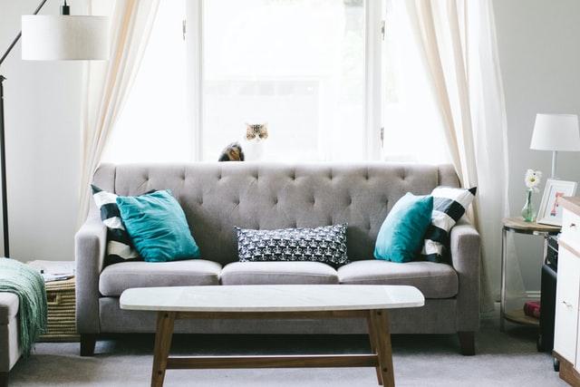 You are currently viewing איך לקנות ספה שתחזיק מעמד לאורך זמן